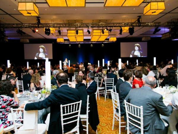 Attend_a_Fundraising_Event - 600x450